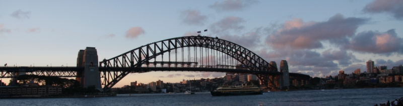 Banner Harbour Bridge 2.jpg